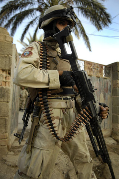 Iraq_soldier_oct_2007